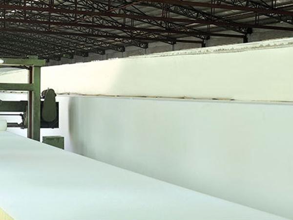海绵制造厂家浅谈高密度海绵的作用及影响