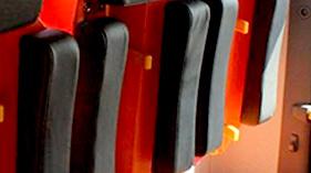 东莞海绵厂家用高品质PU发泡产品及完善服务打动客户